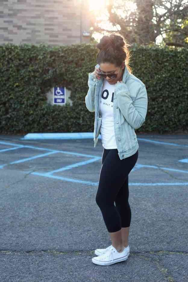 Cropped Yoga Pants & Converse