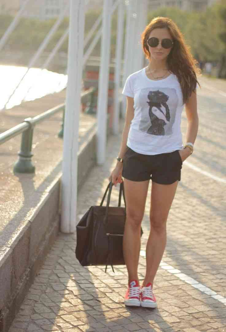 Shorts and converse outfit
