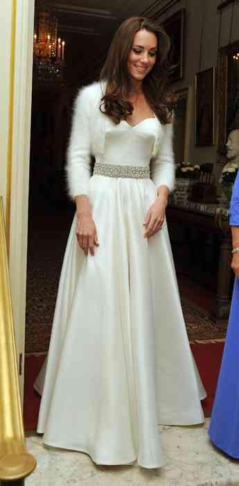 kate-middleton rochie de seara alba