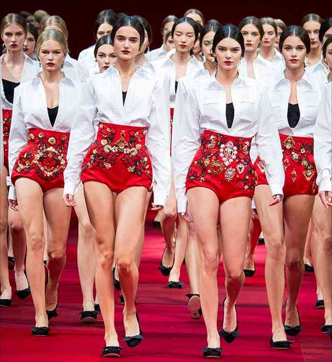 Colecția Dolce & Gabbana pentru primăvara-vara 2015 11