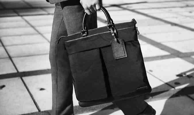 5 cum ai grija de costum bagaj